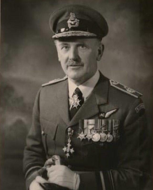 SQUADRON LEADER KENNETH GODFREY, CROIX DE GUERRE
