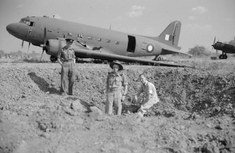 THE BATTLE FOR MEIKTILA Douglas Dakota Mark III